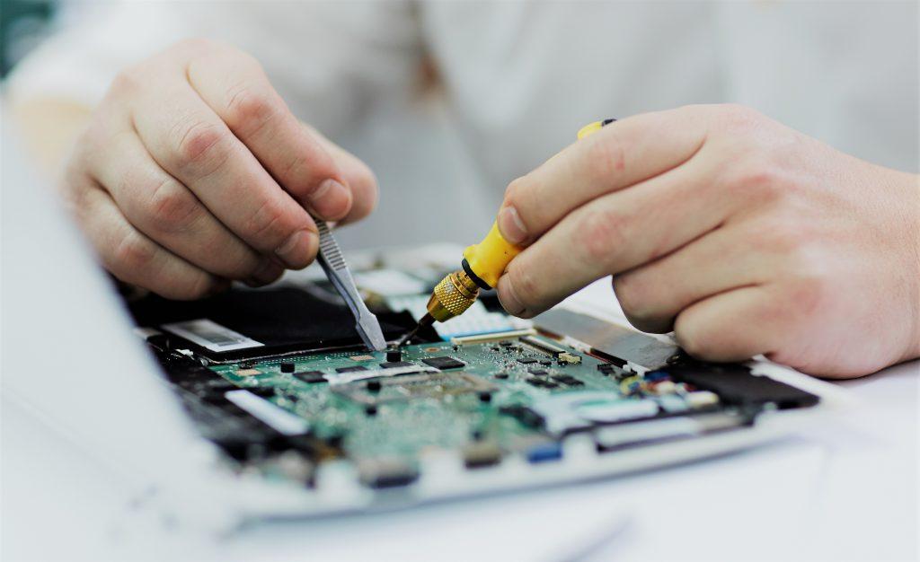 Produção de placas e produtos eletrônicos no Brasil